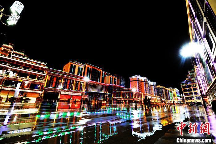 图为昌都城市景观(资料图)。昌都市委宣传部 供图 摄