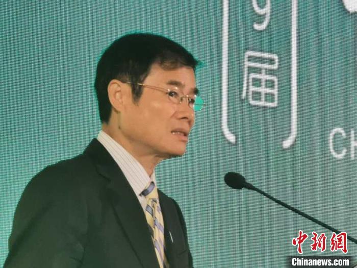 中國傳媒大學黨委書記陳文申?!『武?攝
