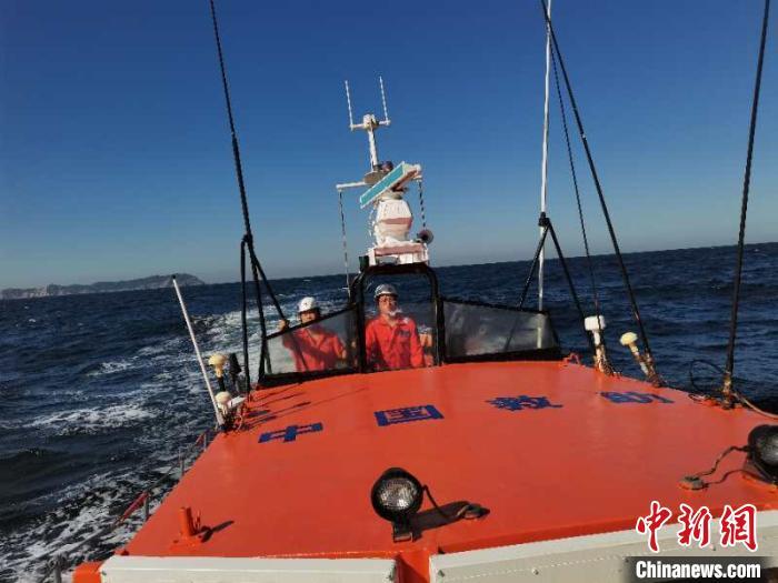 图为搜救现场。交通运输部北海救助局供图