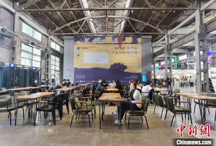 第四届平遥国际电影展将于10月10日至10月19日在拥有2700年历史的平遥古城举行。 胡健 摄