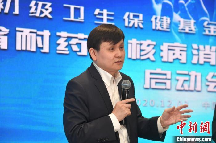 图为张文宏在启动会上。 刘冉阳 摄
