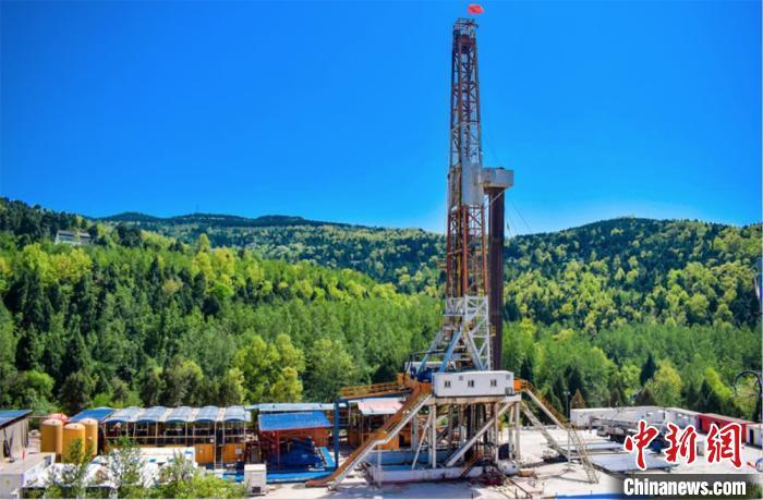 中国石油西南油气田天然气日产量突破1亿立方米