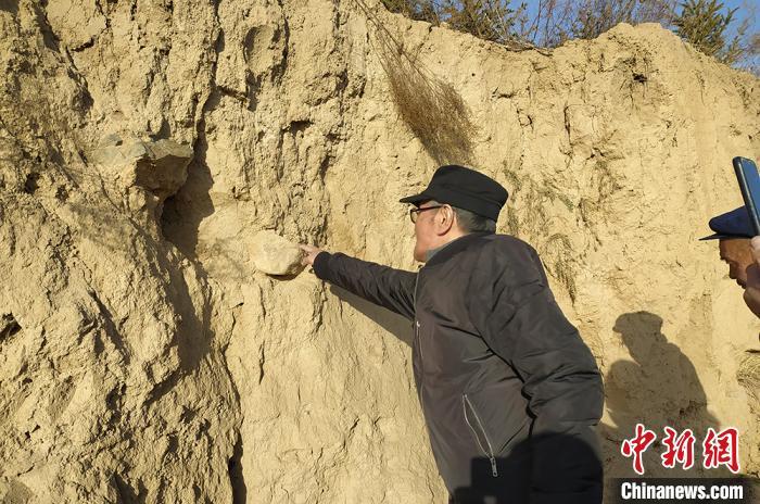 甘肃史前文化遗址面临人为活动威胁 政协委员吁官方立项保护