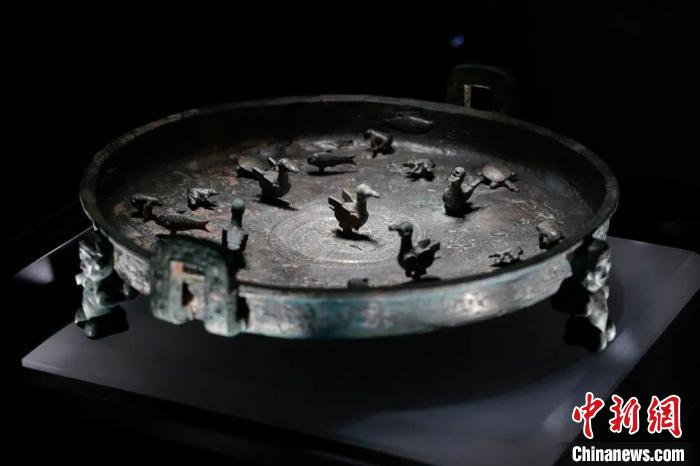 山西省公安厅追缴的晋公盘。山西青铜博物馆供图