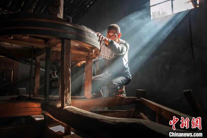 福建百年山茶油作坊的家族传承:是守艺,亦是守忆