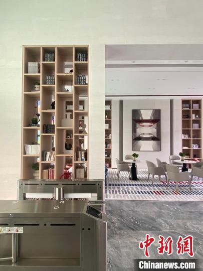 中德国际社区城市书房内部空间。铁西区委宣传部供图 铁西区委宣传部 摄