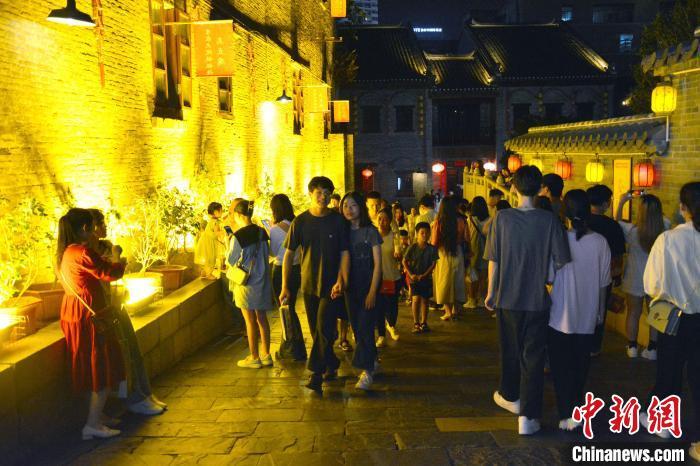 """""""五一""""假期广西旅游市场强劲复苏 同比增长198.2%"""