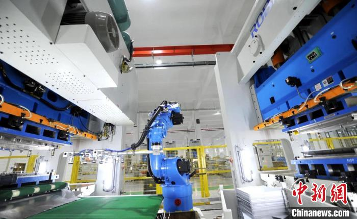 浙江一未来工厂内。 杭州余杭经济技术开发区供图