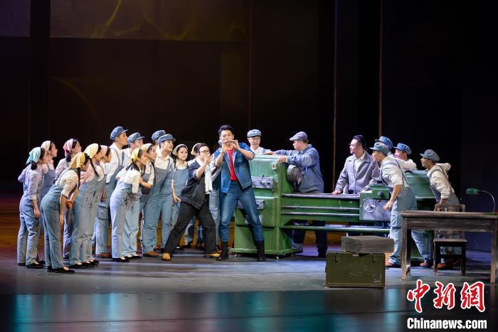 广西第一部工业音乐剧《致青春》将全国巡演