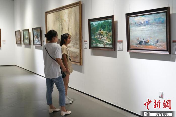 140件中俄艺术家作品同台亮相 展现东西方艺术之美