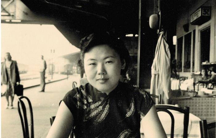 资料图:1950年李桓英在日内瓦。 首都医科大学附属北京友谊医院、北京热带医学研究所供图