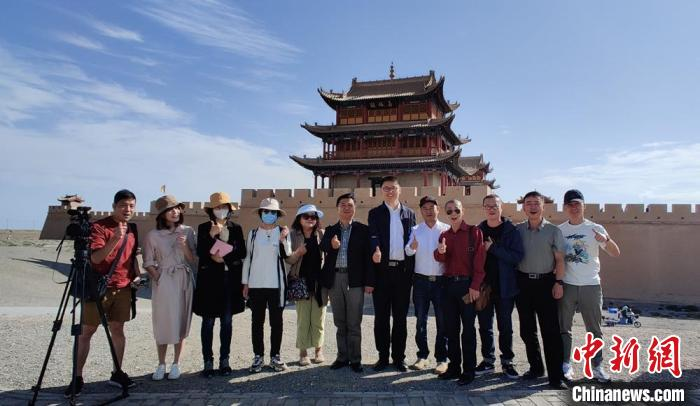 """台湾媒体走访河西走廊:找寻两岸读者""""共鸣"""""""