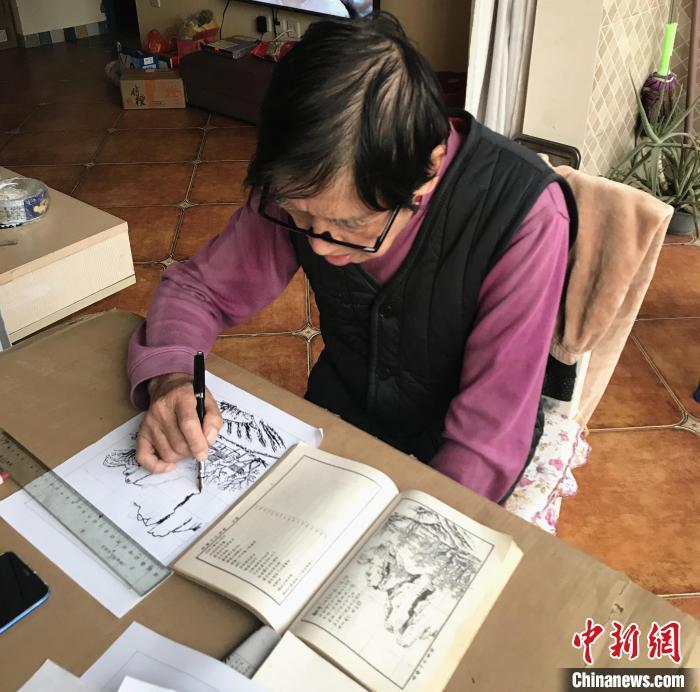 宾香悟在画画。 受访者供图