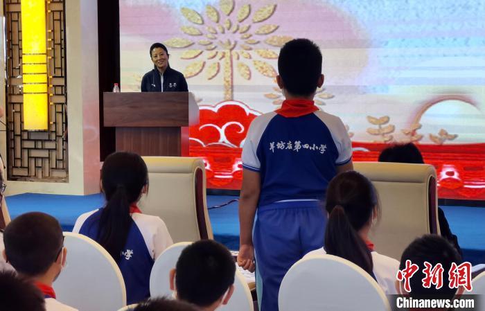 杨扬:冬奥会是中国冰雪运动发展的新台阶