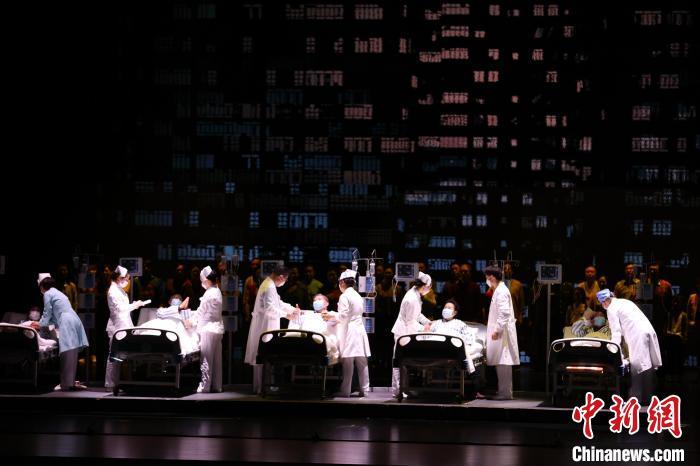 第四届湖北艺术节在武汉开幕